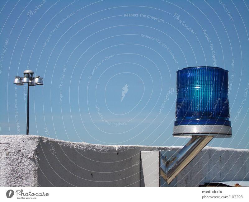 blue and lights Himmel blau Lampe Güterverkehr & Logistik Flughafen Signal Warnleuchte