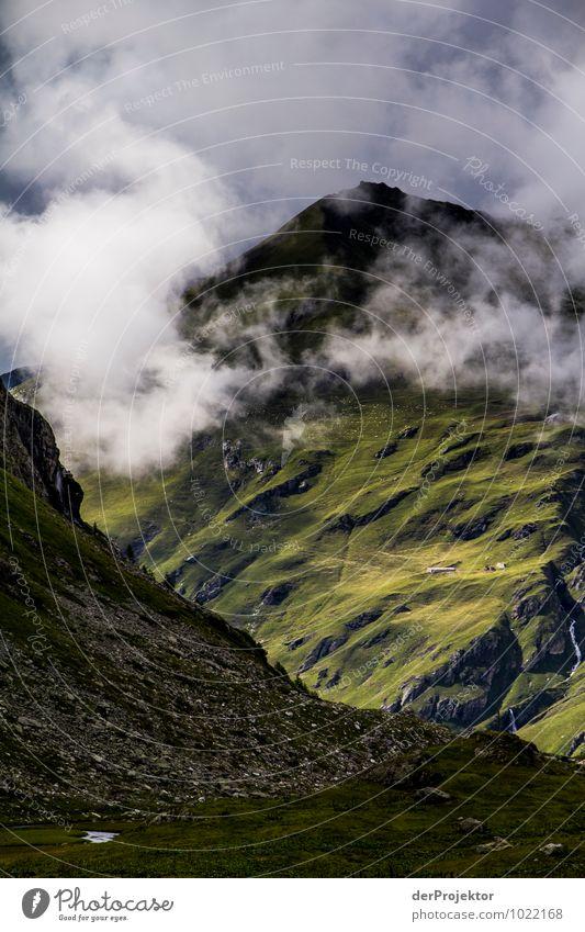 Licht- und Wolkenspiele am Berg Natur Ferien & Urlaub & Reisen Pflanze Sommer Landschaft Tier Ferne Berge u. Gebirge Umwelt Gefühle Wiese Freiheit Felsen Tourismus Kraft wandern