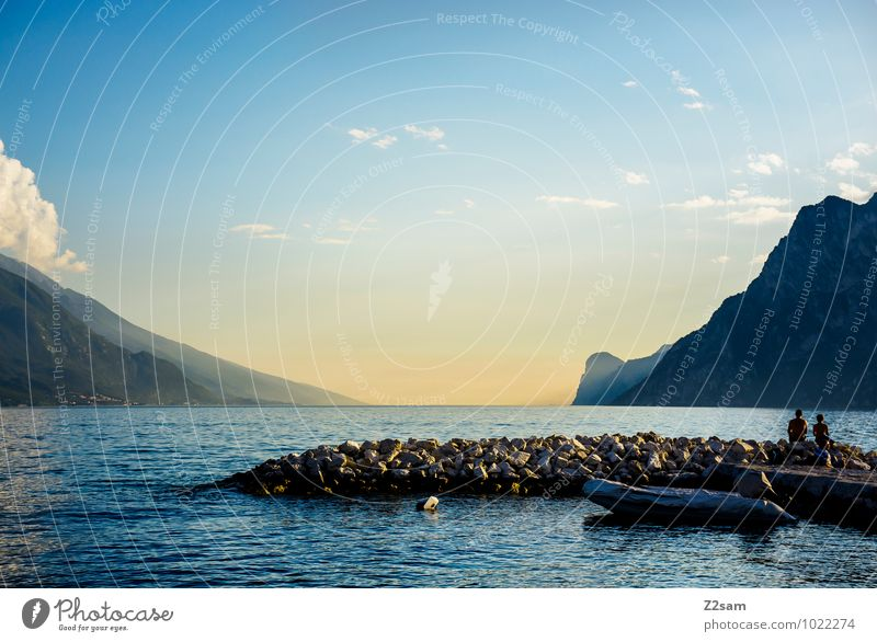 Chillplatzerl Mensch Himmel Natur Ferien & Urlaub & Reisen blau Sommer Erholung Landschaft ruhig Ferne Umwelt Berge u. Gebirge natürlich Stein See