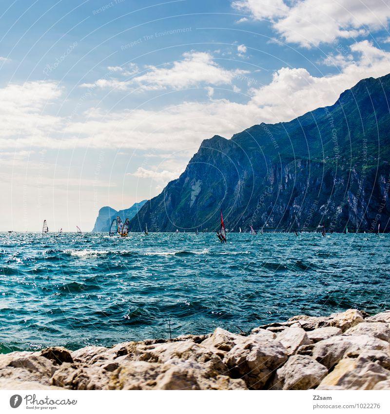 Surfers Paradise Lifestyle Stil Freizeit & Hobby Ferien & Urlaub & Reisen Sommer Sommerurlaub Berge u. Gebirge Wassersport Windsurfing Surfen Natur Landschaft