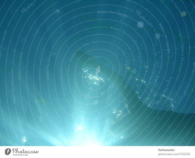 Swimming Meer tauchen Sonnenlicht Sonnenstrahlen türkis Seychellen blau Wasser Schwimmen & Baden