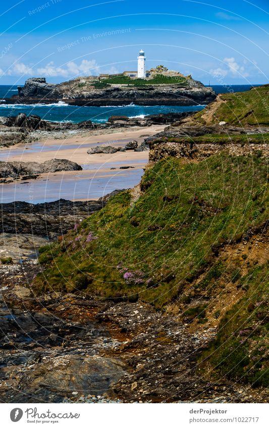 Leuchtturm bei Ebbe in Cornwall 2 Natur Ferien & Urlaub & Reisen Pflanze Meer Landschaft Tier Ferne Umwelt Gefühle Küste Frühling Freiheit Felsen Wellen Tourismus Verkehr
