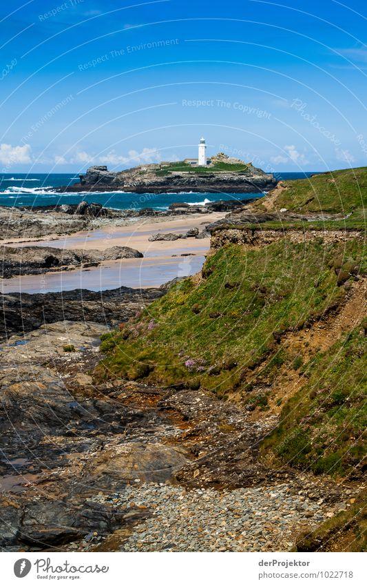Leuchtturm bei Ebbe in Cornwall Natur Ferien & Urlaub & Reisen Pflanze Landschaft Tier Ferne Umwelt Frühling Wiese Küste Freiheit Felsen Tourismus Wellen Insel