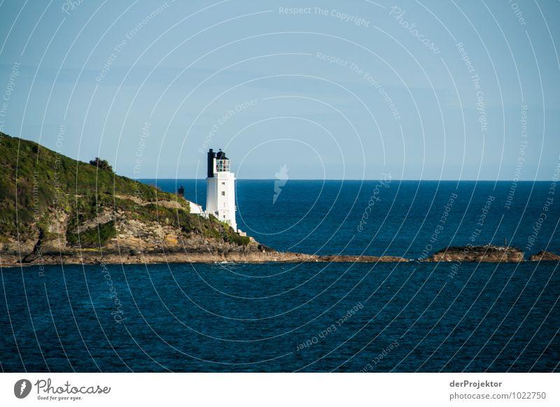 Mal wieder ein Leuchtturm in Cornwall Natur Ferien & Urlaub & Reisen Pflanze Landschaft Ferne Umwelt Gefühle Küste Frühling Freiheit Felsen Wellen Tourismus Verkehr Insel Ausflug