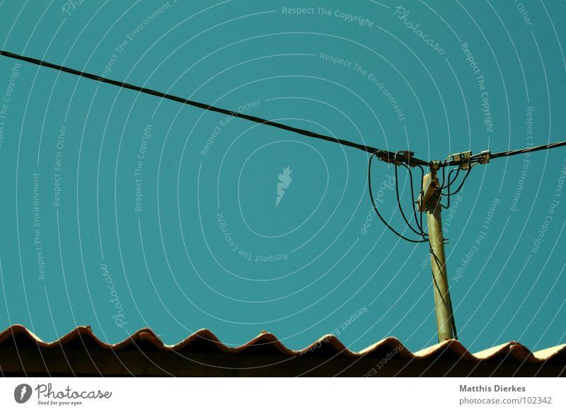 CONNECTING PEOPLE II Himmel Natur blau grün Landschaft Holz Wellen Kraft modern gefährlich Elektrizität Dach Kabel Netzwerk bedrohlich Telekommunikation