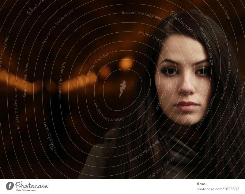 . Mensch Jugendliche schön Junge Frau ruhig dunkel Gefühle feminin Wege & Pfade beobachten Coolness Hamburg geheimnisvoll Gelassenheit Vertrauen Konzentration