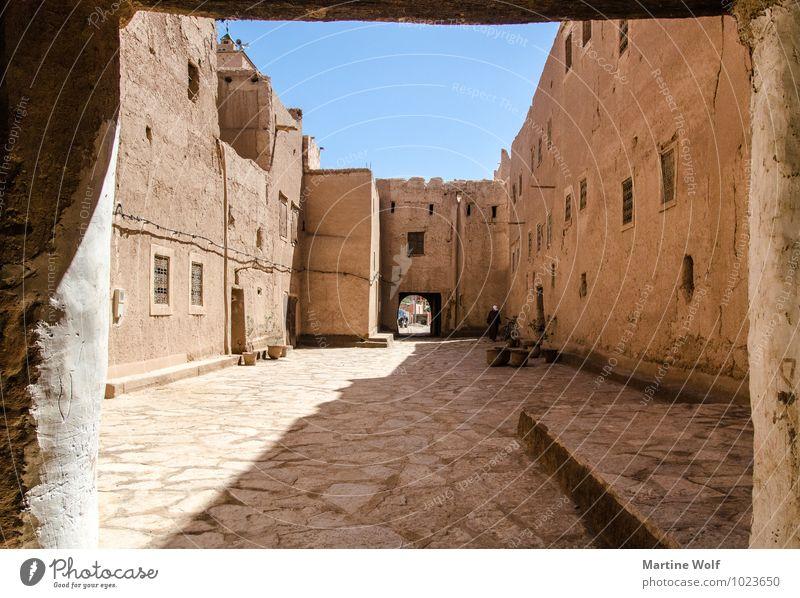 Kasbah Ferien & Urlaub & Reisen Wand Mauer Dorf Wolkenloser Himmel Afrika Durchgang Moschee Marokko Lehm