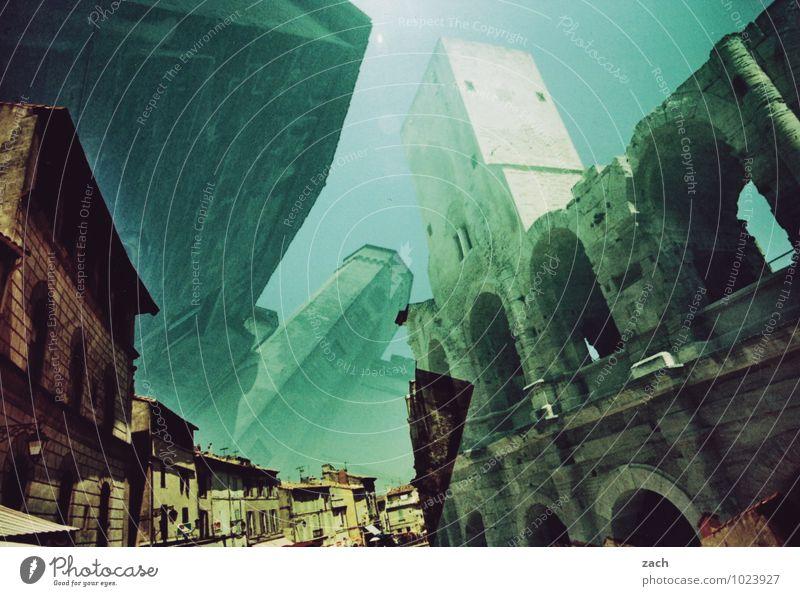 Hinter den Kulissen Ferien & Urlaub & Reisen Städtereise Arles Frankreich Provence Kleinstadt Altstadt Fußgängerzone Haus Palast Burg oder Schloss Ruine