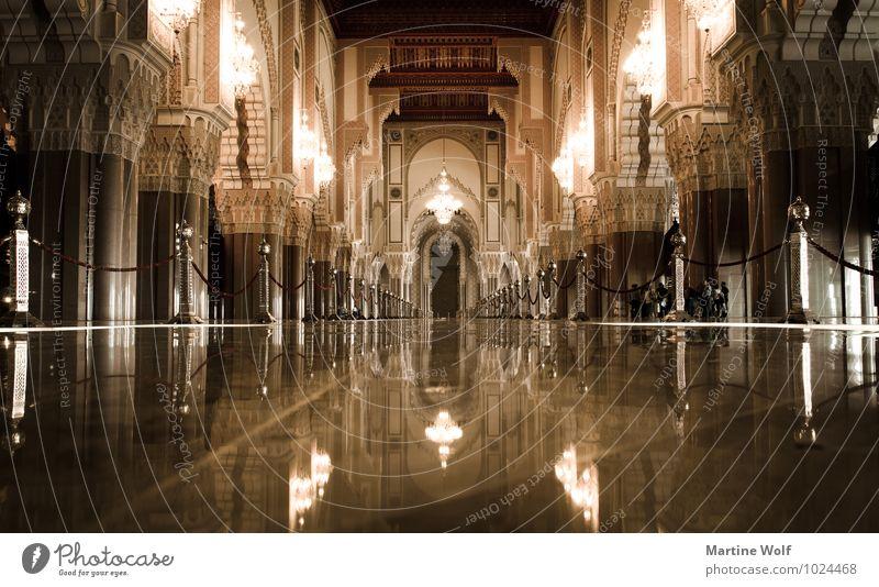 Hassan II von innen Stadt Architektur Gebäude Religion & Glaube Bauwerk Afrika Sehenswürdigkeit Hafenstadt Moschee Marokko Casablanca