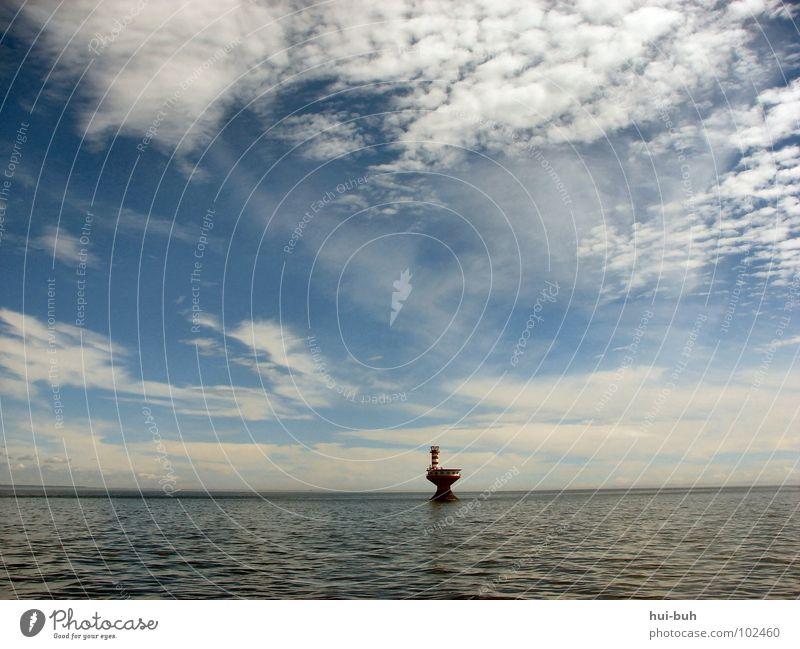 Schandfleck Wasser Himmel Meer ruhig Wolken Einsamkeit kalt Wellen Insel Boden Turm Sauberkeit Klarheit Erdölförderung tief
