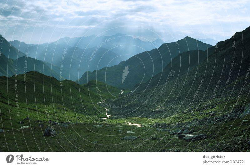 Himmelslicht Ferien & Urlaub & Reisen Sonne Wolken Berge u. Gebirge Wiese Felsen Gipfel Alpen Paradies Bach Bergsteigen Alm Schleier Hochgebirge Wildbach