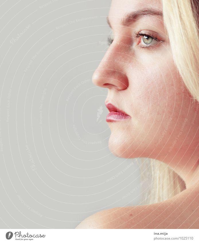 entschlossen Mensch Frau Jugendliche schön Junge Frau Erholung ruhig 18-30 Jahre Ferne Erwachsene Gesicht feminin Denken blond Erfolg Haut