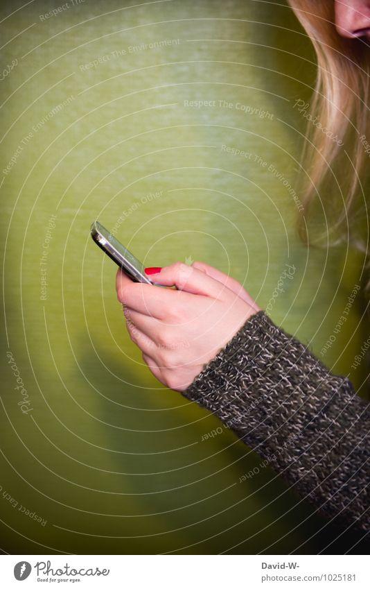 Wer kann noch ohne Handy leben? Mensch Jugendliche grün Junge Frau feminin Arbeit & Erwerbstätigkeit Technik & Technologie Kommunizieren Zukunft