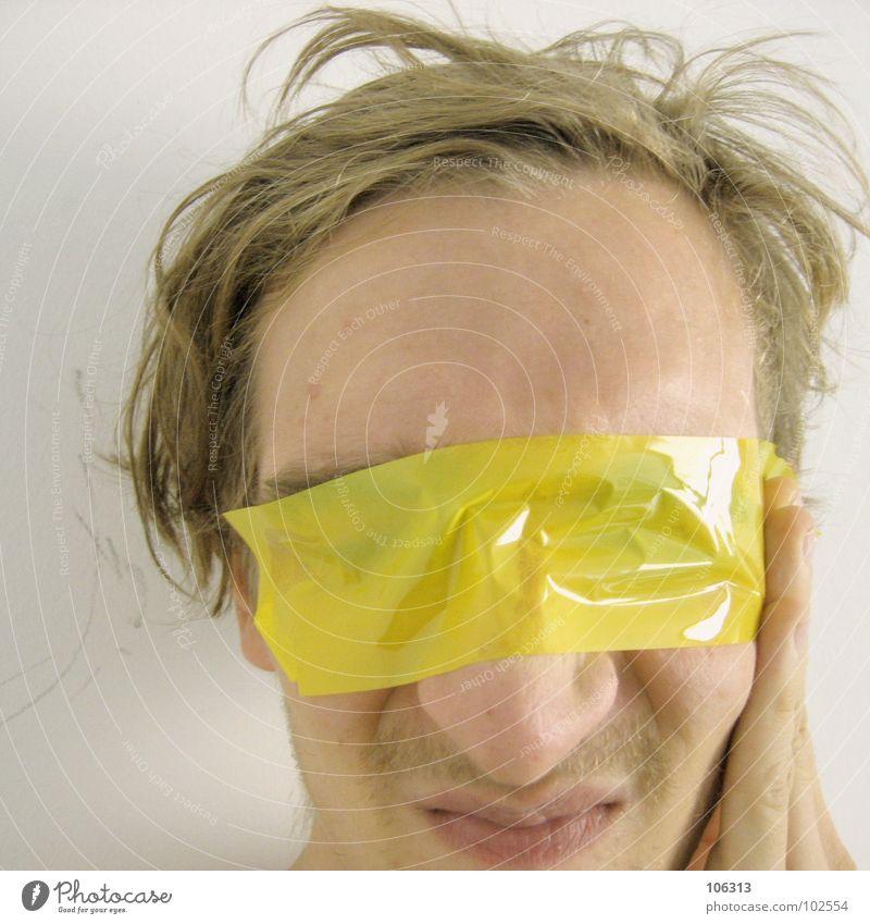 GET AWAY FROM ME [0125/07] Mensch Natur Mann Hand ruhig Ferne Gesicht gelb Traurigkeit Gefühle Mauer Haare & Frisuren See Kopf außergewöhnlich Kunst