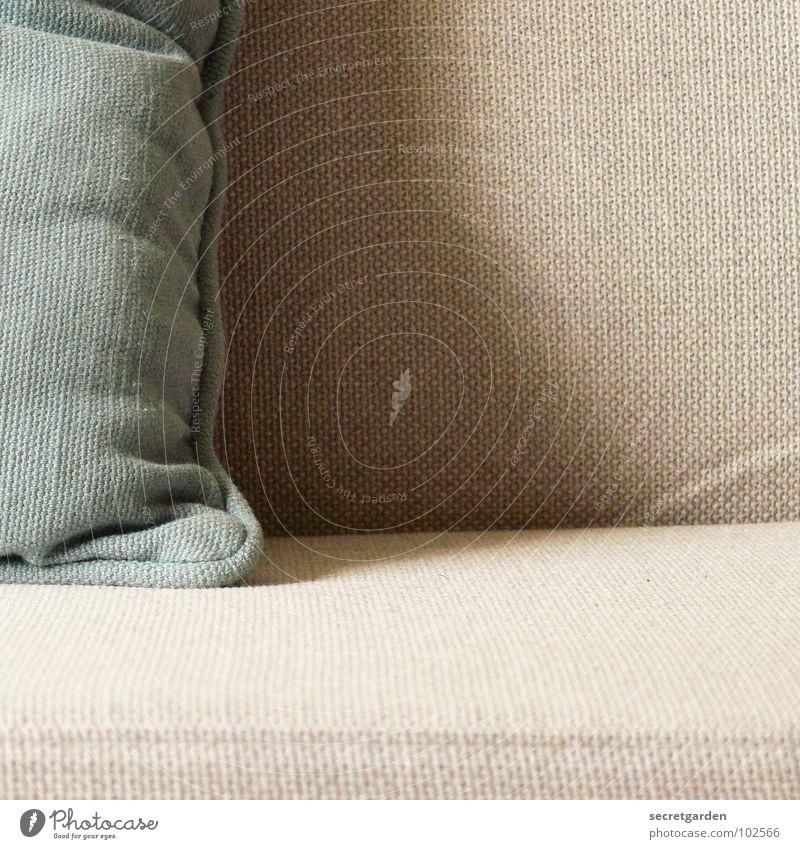 sofalümmler blau ruhig Erholung grau Raum Design Coolness Fernsehen Häusliches Leben Sofa Stoff Falte Möbel Wohnzimmer gemütlich Material