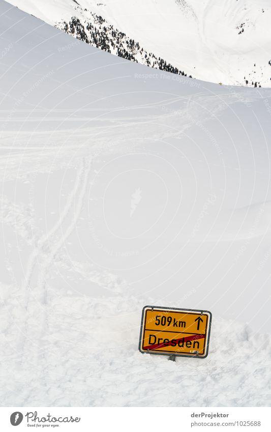 Unwetterwarnung für Dresden Natur Ferien & Urlaub & Reisen Landschaft Ferne Winter Berge u. Gebirge Umwelt Schnee Sport Freiheit Tourismus Ausflug Hinweisschild Urelemente Gipfel Hügel