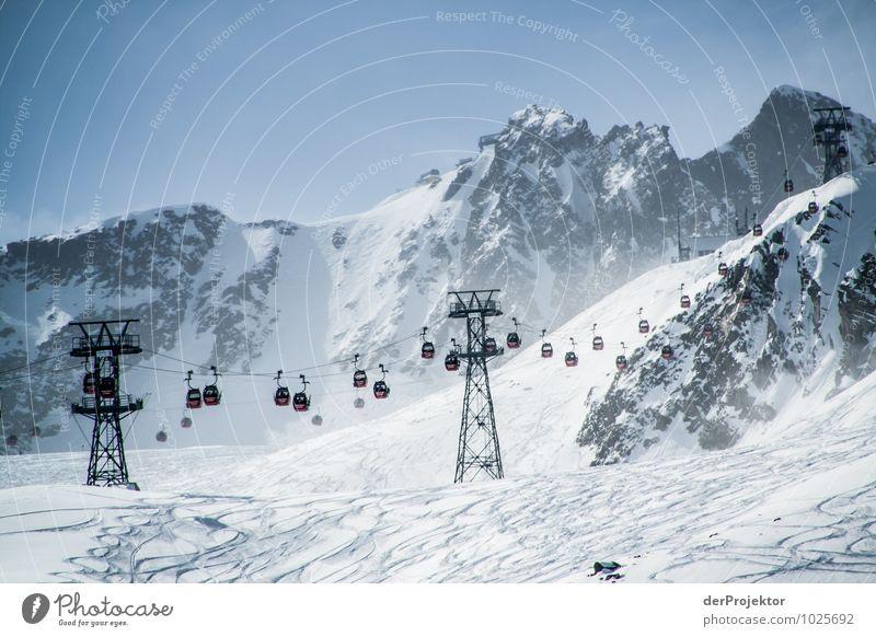 Gondel, Gondel, Gondel... Himmel Natur Ferien & Urlaub & Reisen Landschaft Winter Berge u. Gebirge Umwelt Schnee Sport Freiheit Felsen Freizeit & Hobby
