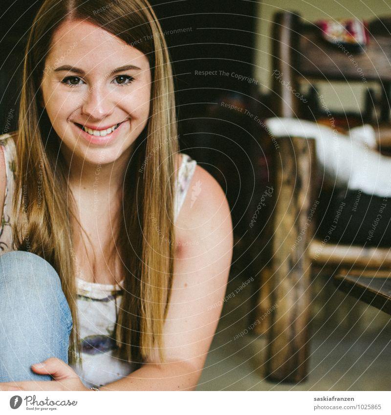 Das Ich. Mensch Frau Jugendliche schön Junge Frau Freude Mädchen 18-30 Jahre Gesicht Erwachsene Leben feminin Glück lachen Haare & Frisuren Zufriedenheit