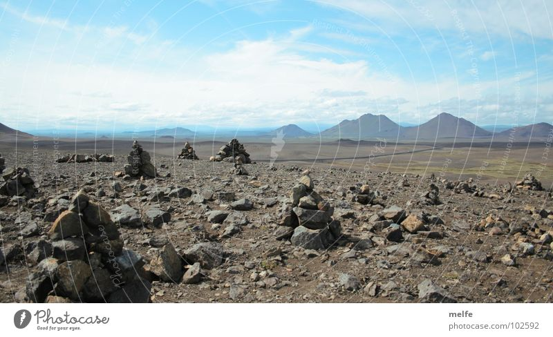 Gibt es Leben auf dem Mars? Himmel ruhig Wolken Einsamkeit Ferne Berge u. Gebirge Stein Horizont Ecke Wüste Spitze Unendlichkeit eckig Enttäuschung friedlich