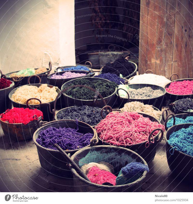 Colour your Wolle Freizeit & Hobby alt Farbstoff bunt Farbe Schalen & Schüsseln Töpfe Färberei färben stricken Farbfoto Lomografie Textfreiraum oben Tag