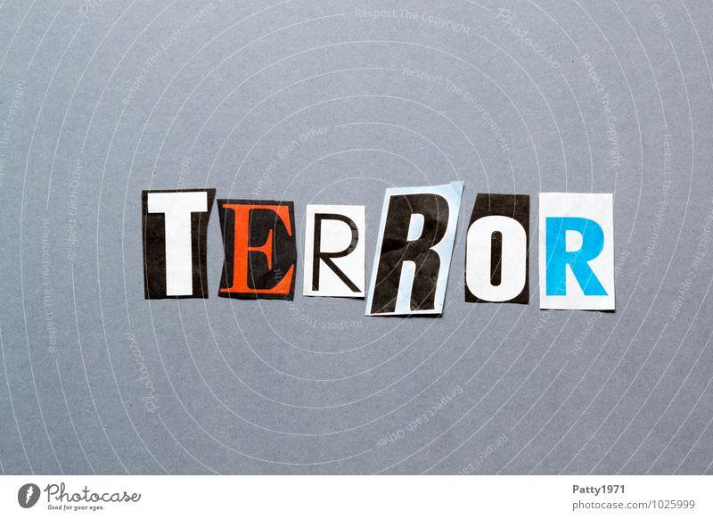 Terror Zeitung Zeitschrift Papier Zeichen Schriftzeichen Typographie Angst Entsetzen Wut Rache Gewalt Hass Aggression bedrohlich anonym ausgeschnitten