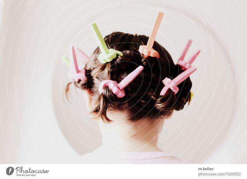 Spieglein, Spieglein .. schön Haare & Frisuren Spiegel feminin Kopf Locken Lockenwickler trendy einzigartig Sauberkeit Freude Leben Farbfoto