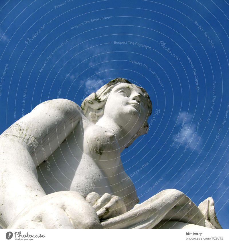 skywalker antik Hochhaus Frau Skulptur weiß Wolken Denkmal historisch Götter nackt Sommer Wahrzeichen Düsseldorf Mensch Stein Himmel Gesicht Engel Gott Held alt