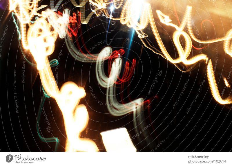 wahnsinnige geschwindigkeit Licht Kreis lockig Geschwindigkeit Langzeitbelichtung Belichtung Streifen Nacht Rauschmittel curly Locken flink Alkoholisiert