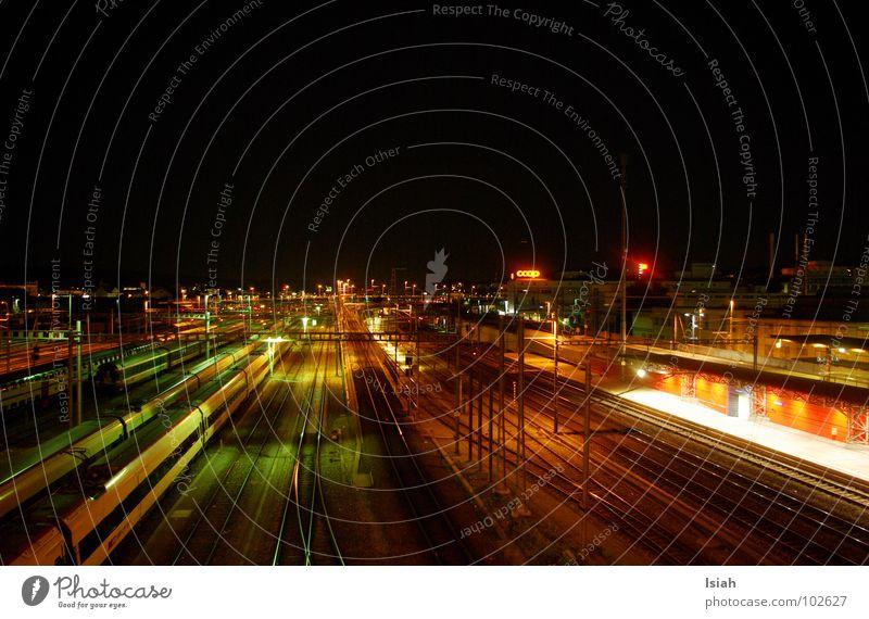 Ir Ysehbahn Ferien & Urlaub & Reisen dunkel Eisenbahn Gleise Bahnhof Nacht kommen Zürich wegfahren Hardbrücke