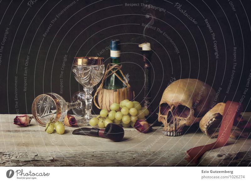 Vanitas witch Skull; Pipe, wine glass, wine and grape Mensch alt grün rot schwarz gelb Leben Traurigkeit Gefühle Tod Stimmung Lebensmittel Kunst Kopf Frucht