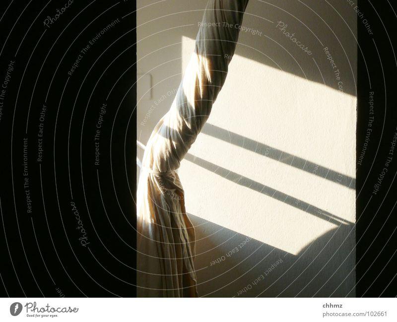 Vorhang weiß Sonne schwarz Wand Fenster hell Streifen Wohnzimmer Gardine wickeln gebunden Sichtschutz