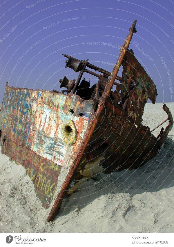 Schiffswrack 2 Wasserfahrzeug Norderney Dinge Aufgelaufen Rost alt