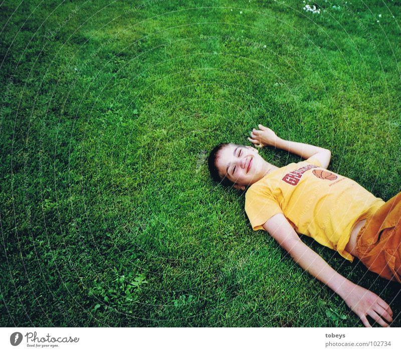 Childout Erholung Wiese grün Sommer Ferien & Urlaub & Reisen aussruhen schlafen träumen weich genießen liegen Leben ruhig
