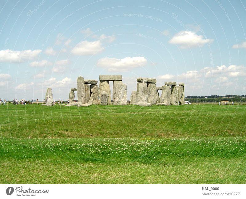 Mystique Stonehenge Wolken Gras Wiese England historisch Stein