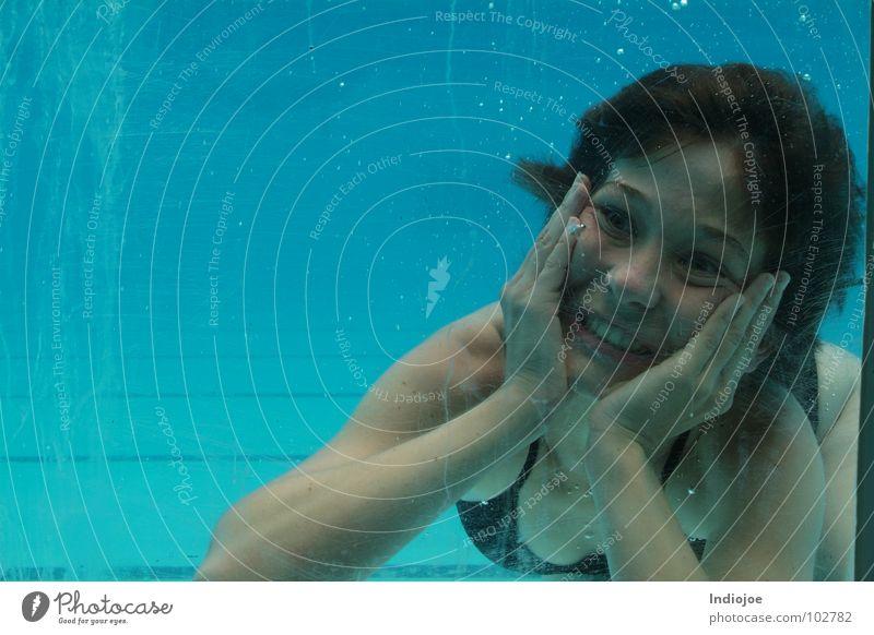 Je crois - Je t´aime Schwimmbad Schnellzug Ecuador Wasser scream freeze guayaquil water swim