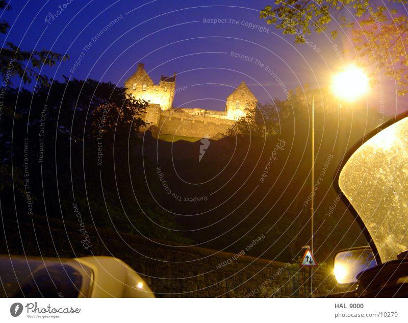 Edinburgh_1 Schottland Nacht Licht Langzeitbelichtung historisch Burg oder Schloss