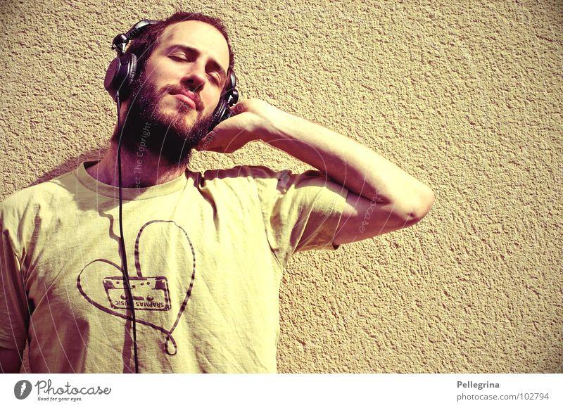 HeadPhoneLove Mann stereo Kopfhörer Musik hören träumen Bart Konzert Ton Klang T-Shirt Kabel