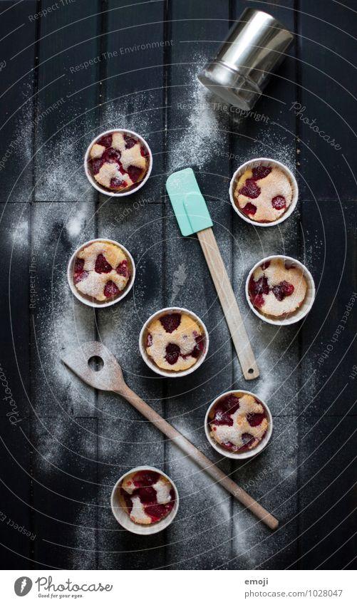 Himbeerküchlein Frucht Teigwaren Backwaren Dessert Süßwaren Puderzucker Ernährung Büffet Brunch lecker süß Farbfoto Innenaufnahme Menschenleer