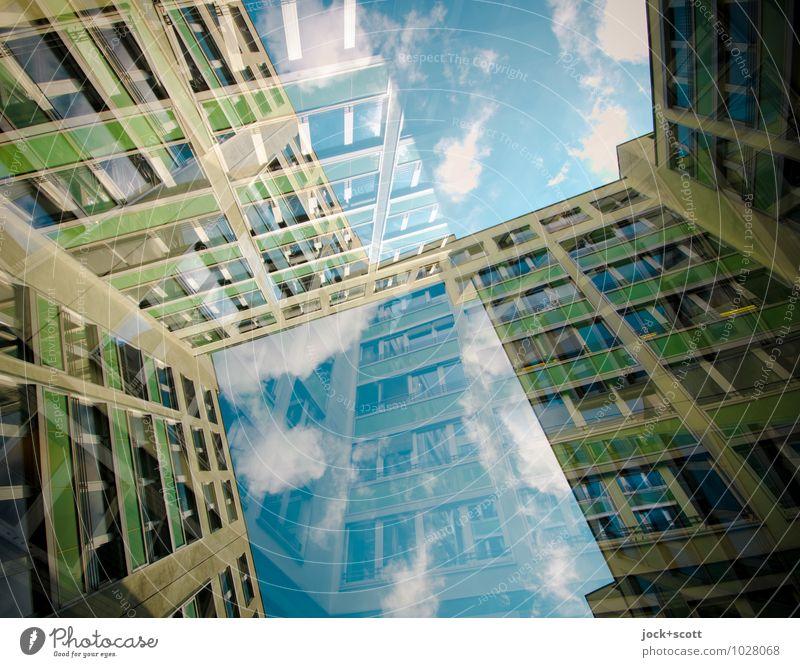 Fenster zum Hof Wolken Fassade modern offen Perspektive groß Streifen Neugier Netzwerk Konzentration Irritation eckig Geometrie Doppelbelichtung Inspiration