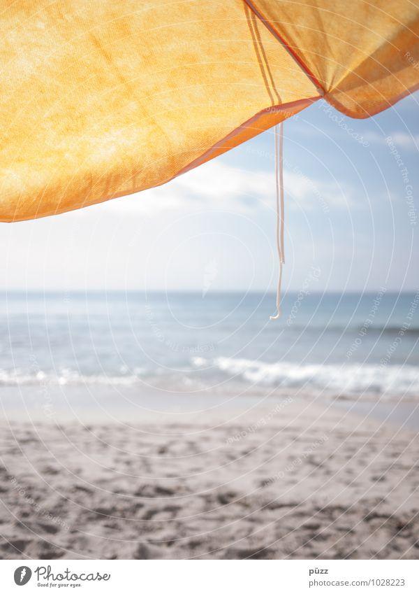 On the beach Himmel Ferien & Urlaub & Reisen blau Wasser Sommer Sonne Erholung Meer Strand gelb Wärme Küste Freiheit Sand Wellen Tourismus