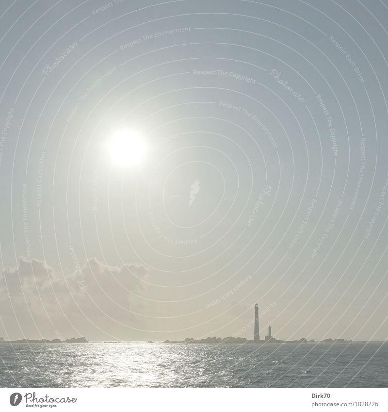 Sommertag in der Bretagne Himmel Ferien & Urlaub & Reisen blau weiß Sommer Sonne Meer Landschaft Wolken Ferne Wärme Küste grau hell Felsen leuchten