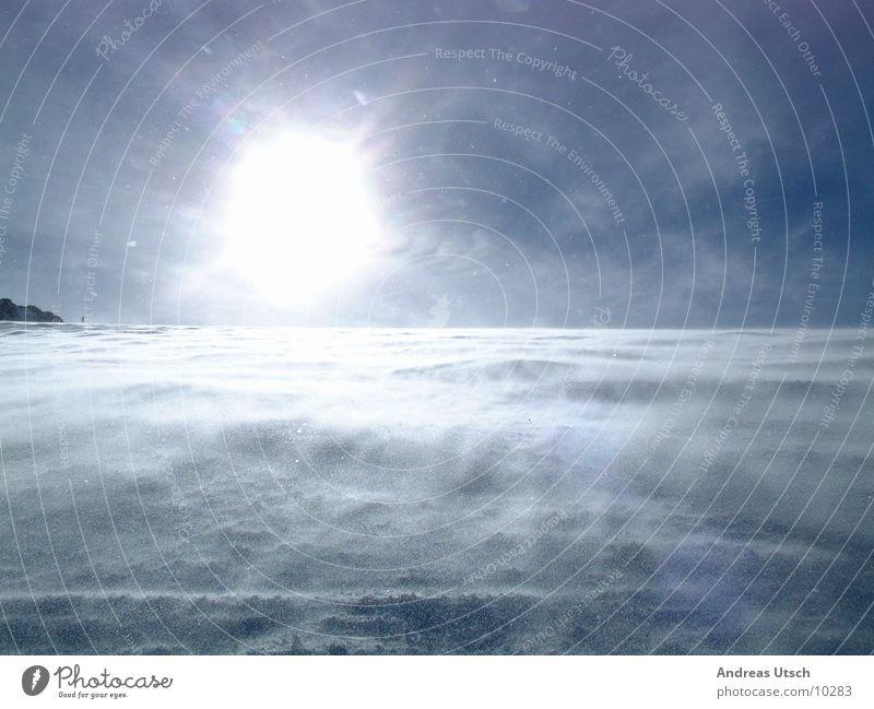 schneewind2 Winter Gegenlicht Stil Licht Berge u. Gebirge Schnee bergland Natur blau Sonne Wind Gewalt