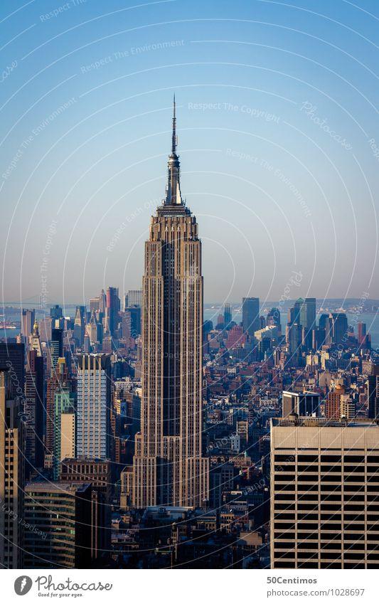 Empire State Building New York City Manhattan Stadt Stadtzentrum Skyline überbevölkert Hochhaus Sehenswürdigkeit Wahrzeichen Bewegung Business chaotisch Design