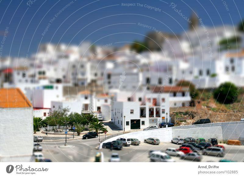 Mini-Dorf Himmel Sommer Straße PKW Landschaft klein Europa Surrealismus Miniatur Spanien Tilt-Shift Andalusien