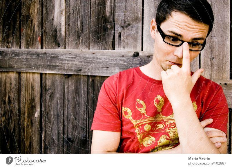 """""""Der Mann mit der Brille"""" Demnächst.... in Ihrem Kino Brillenträger Denken staunen Hand Finger Schüchternheit Außenseiter streben Konzentration Bildung"""