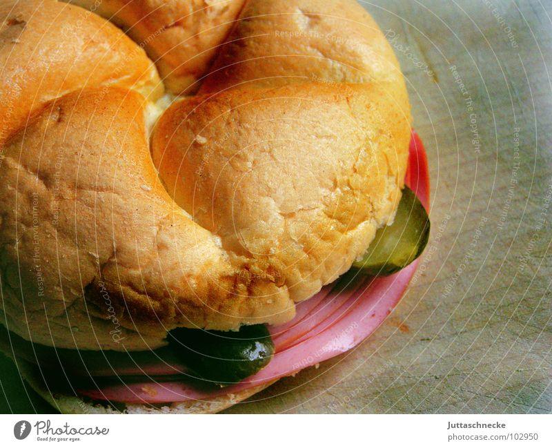 Wurstsemmel Ernährung Lebensmittel gut Teile u. Stücke Gastronomie Frühstück lecker Brot Abendessen Mahlzeit Brötchen Österreich Wien Wurstwaren beißen Fastfood