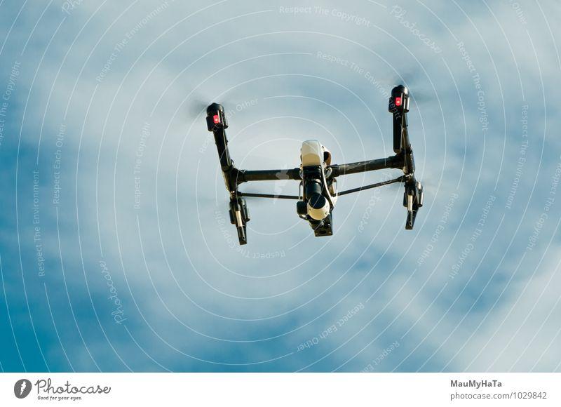 Drohne mit Kamera Fernseher Radiogerät Computer Hardware Videokamera Fotokamera Werkzeug Maschine Technik & Technologie Verkehr Luftverkehr Hubschrauber wählen