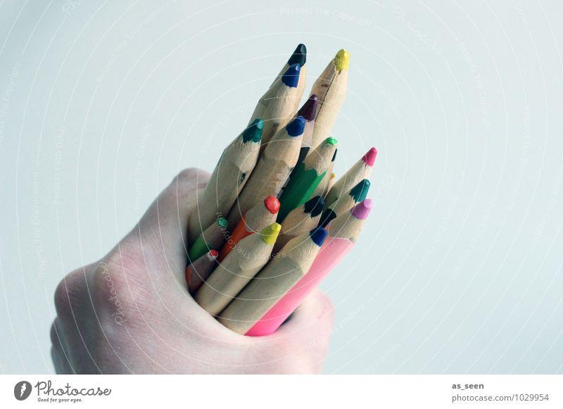Meinungsvielfalt Kindererziehung Schule Kunstunterricht Medienbranche Kindheit Jugendliche Leben Hand 1 Mensch Künstler Printmedien Schreibwaren Schreibstift