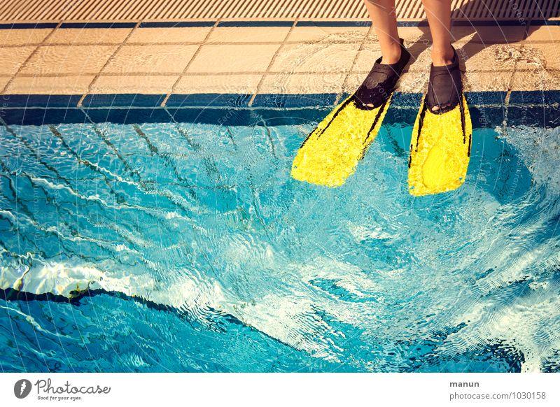 rein und runter Mensch Ferien & Urlaub & Reisen Sommer Erholung Freude Sport Gesundheit Schwimmen & Baden Fuß Freizeit & Hobby frisch Fröhlichkeit Fitness