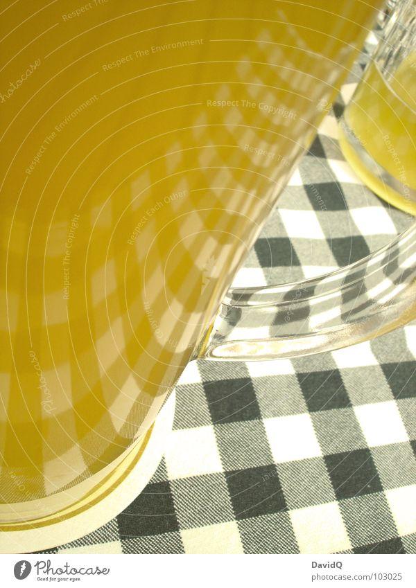 Bier weiß blau Blume Lampe Feste & Feiern Beleuchtung Glas Suche Getränk trinken Bar Bier Gastronomie Alkohol Bayern Erfrischung